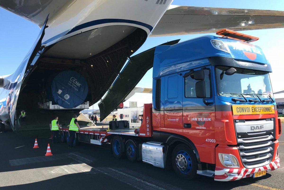 Leider in Aero Engine transport